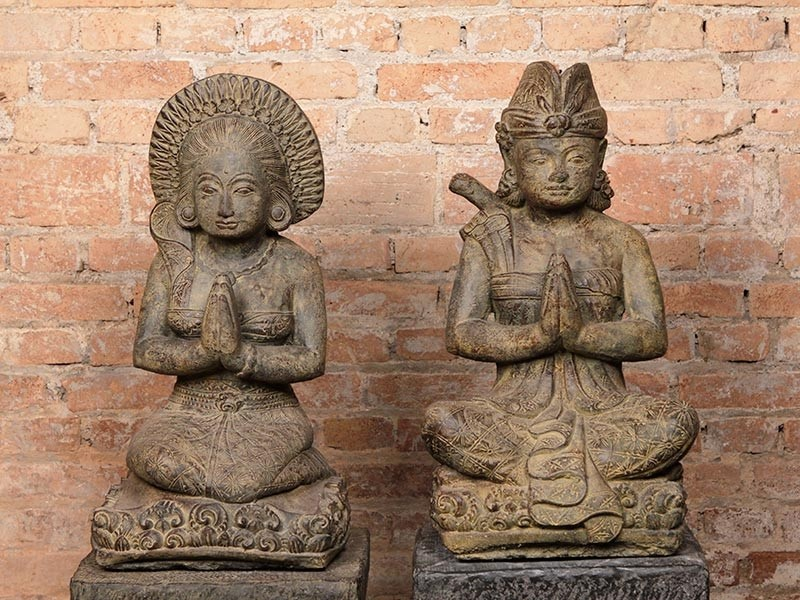 Casal de Balineses em Pedra