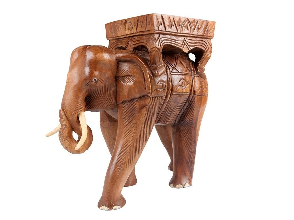 Elefante Tailandês em Madeira