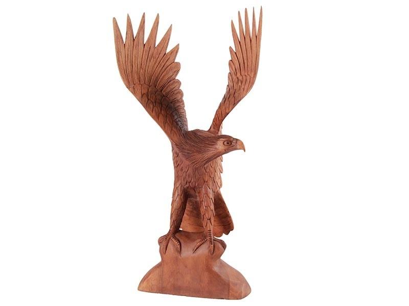 Escultura de Águia Decorativa Feita de Madeira