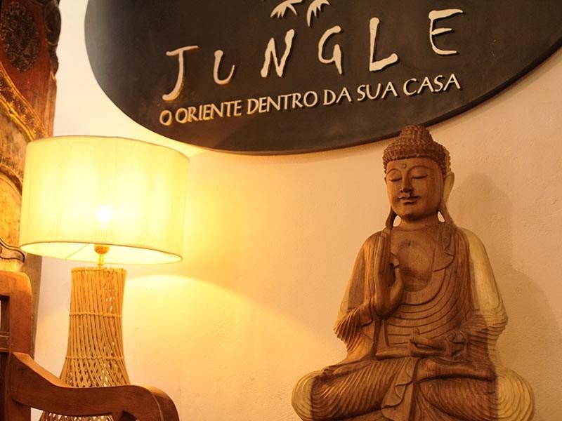 Ambiente zen com decoração Budista