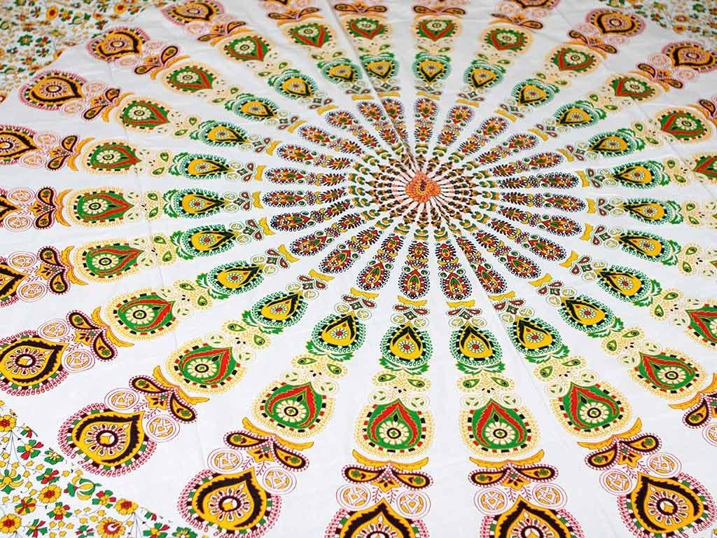 Colcha Indiana com Estampa de Mandala