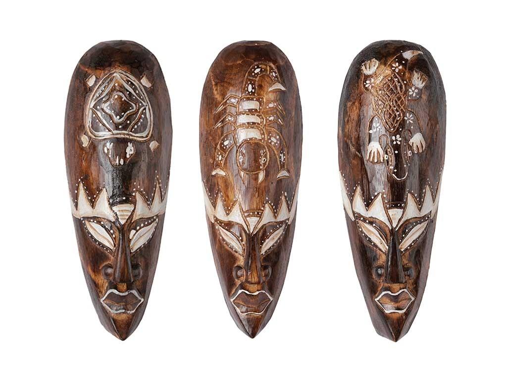 Máscaras Naturais com Bichos Entalhados