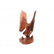 Escultura de Águia em Madeira