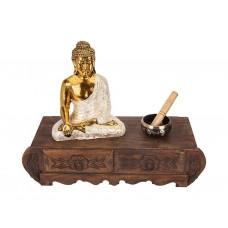 Altar Budista em Madeira