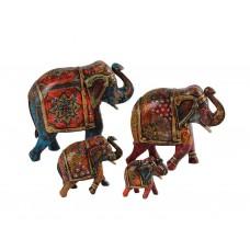 Elefantes em Madeira da Índia