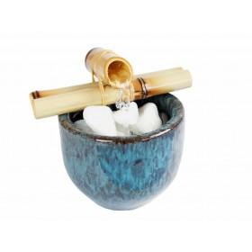 Fonte de Água Vaso com Bambú Azul