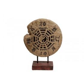 Escultura de Baguá com Pedestal