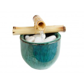Fonte de Água Vaso com Bambú Verde