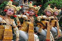 Vestimenta Tradicional Balinesa